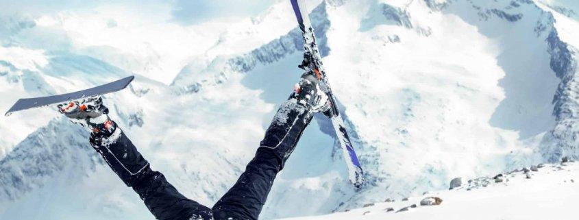 Upside down skiier